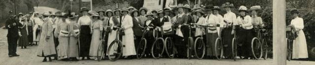 NUWSS-Pilgrims-Near-Clayton-1913-cropped3